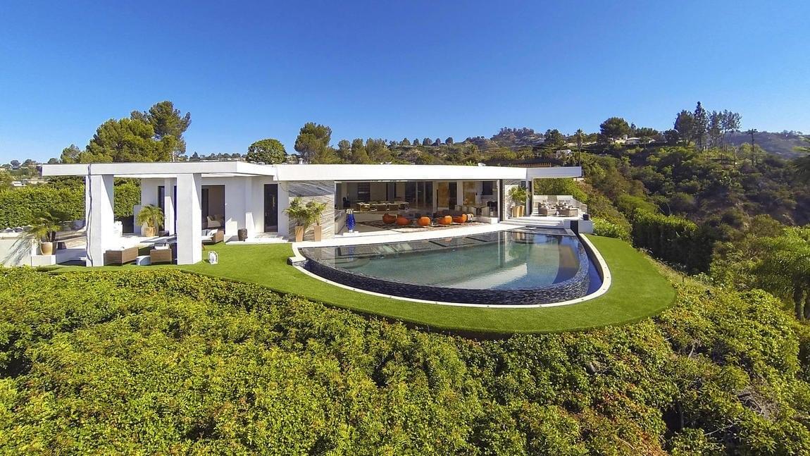 Notch LA mansion photo 1