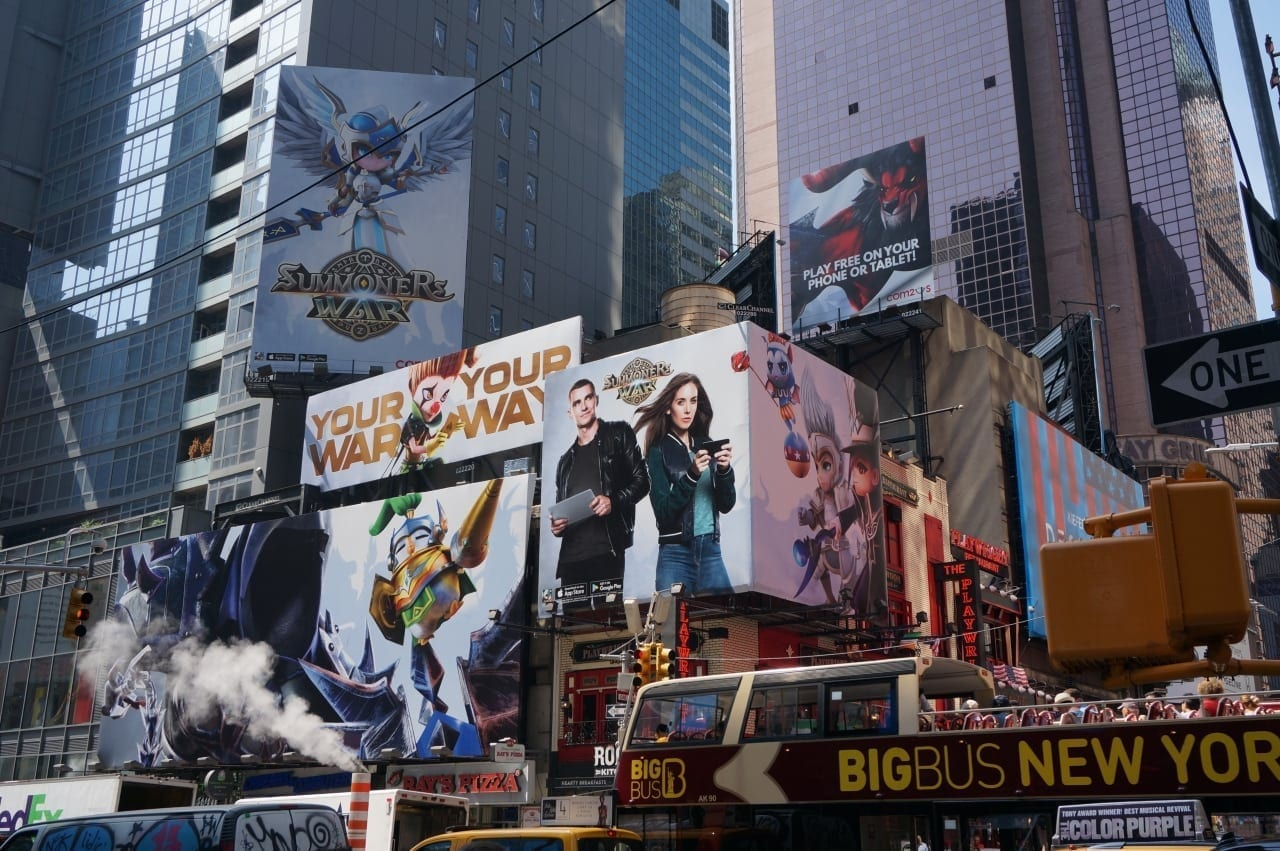 summoners-war-new-york-times-square-commercials